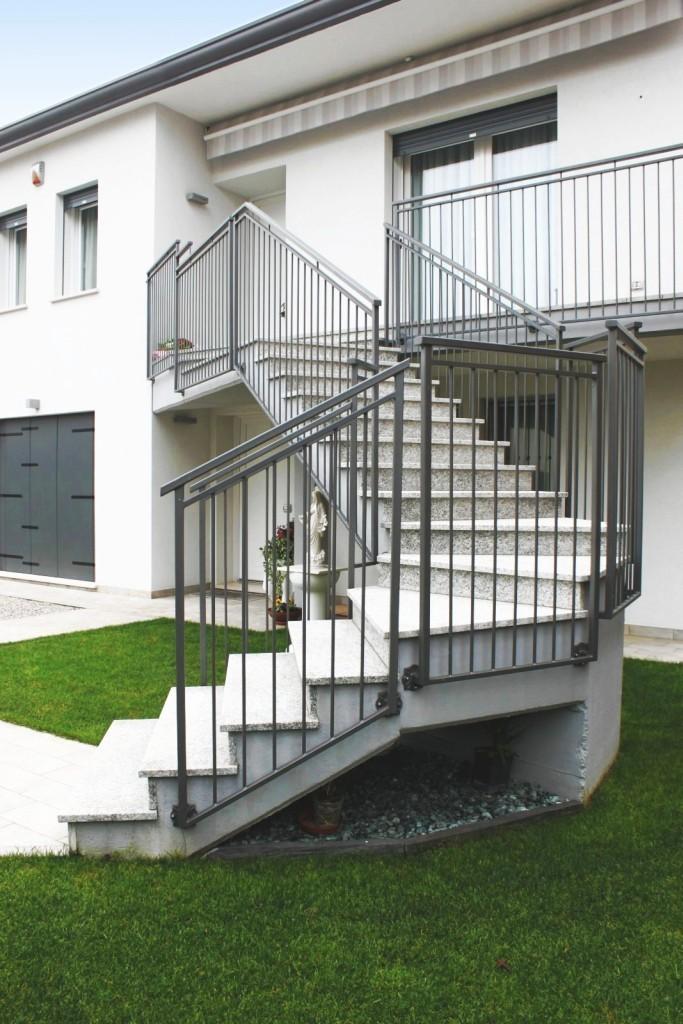 Parapetti e scale recinzioni formentin srl - Ringhiere scale esterne ...